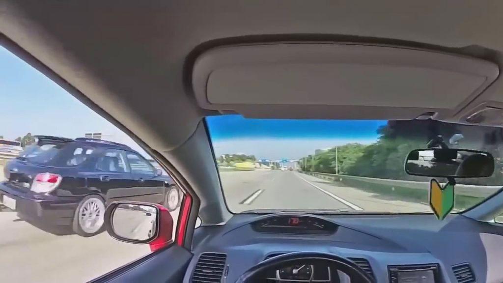Projeto de Lei prevê multa e até cassação de CNH de quem postar crime de trânsito na web (Foto: Reprodução YouTube)